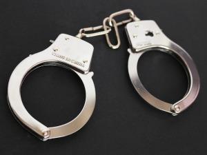handcuffs-354042_960_720